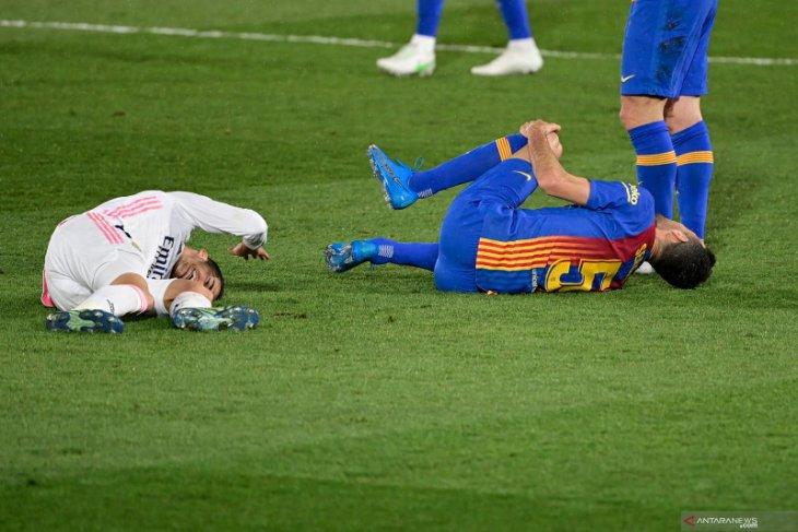 Pemain Real Madrid Lucas Vazquez alami cedera ligamen