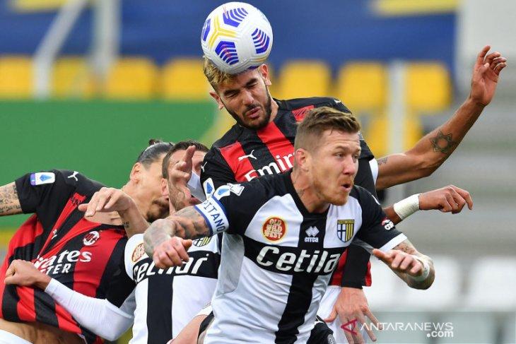 Liga Italia: Milan tundukkan Parma 3-1 walau hanya dengan 10 pemain