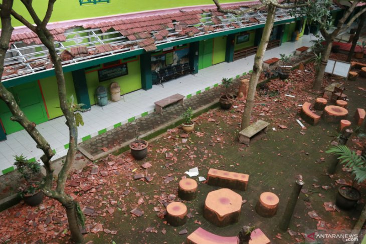 Status tanggap darurat bencana gempa di Malang