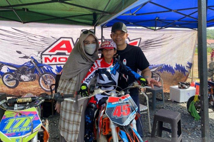 Empat crosser cilik Kalsel tampil di ajang BOS Junior Motocross Championship