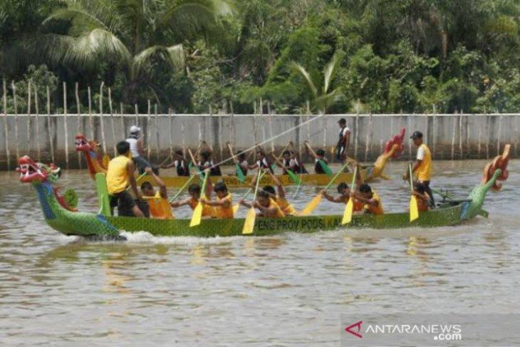 Dayung Kalsel matangkan latihan di Danau Riam Kanan untuk PON Papua