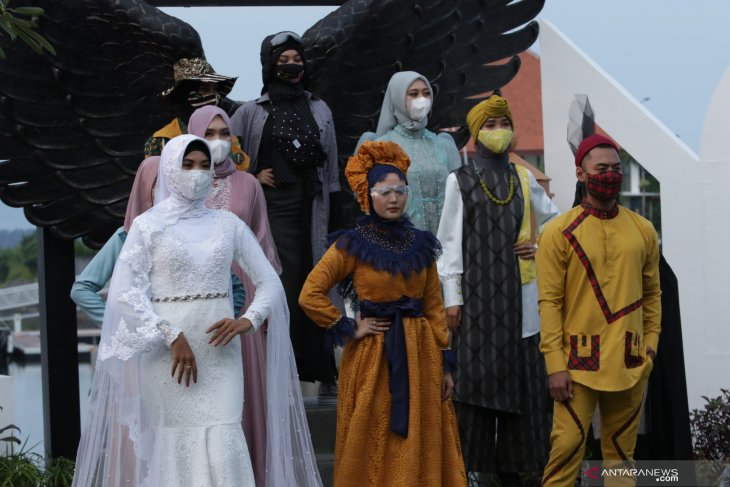Pagelaran Busana Muslim Jelang Ramadhan