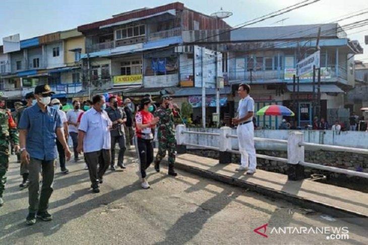 Pemerintah Kota Singkawang normalisasi Sungai Jembatan Pasar Ikan