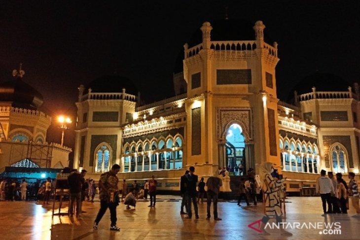 Masjid Raya Medan gelar shalat tarawih dengan protokol kesehatan ketat