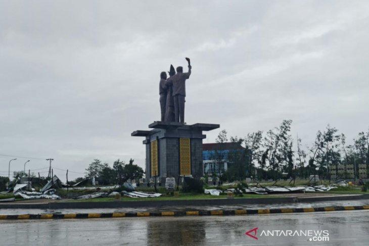 Telkomsel: 330 BTS di Kupang terganggu akibat Siklon Seroja
