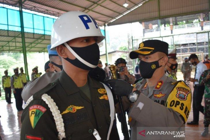 Kapolres Tapsel pimpin apel gelar  pasukan Operasi Keselamatan Toba 2021