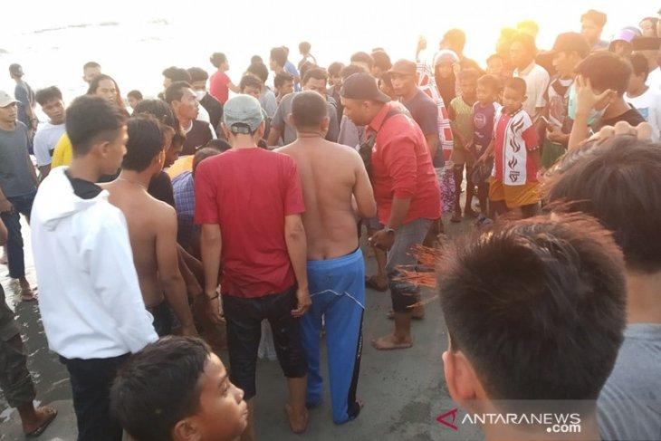 Empat remaja tenggelam di kawasan Pantai Panjang Bengkulu