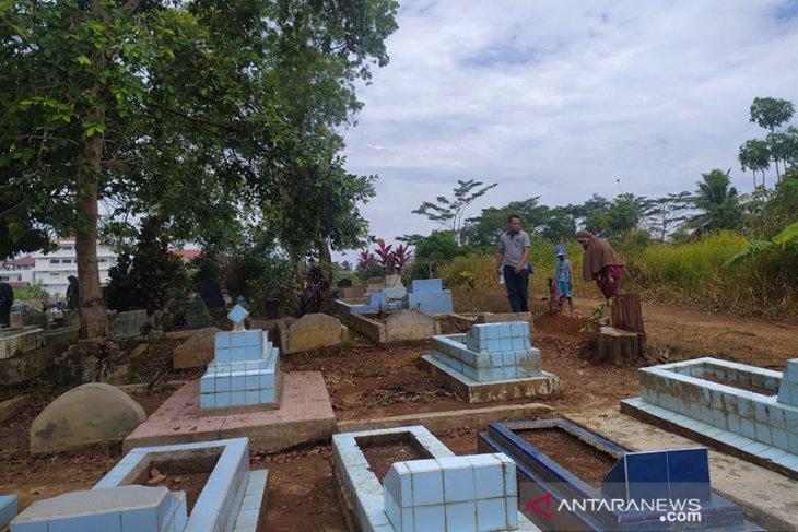 Jelang Ramadhan, tradisi ziarah kubur tetap digelar warga Bengkulu