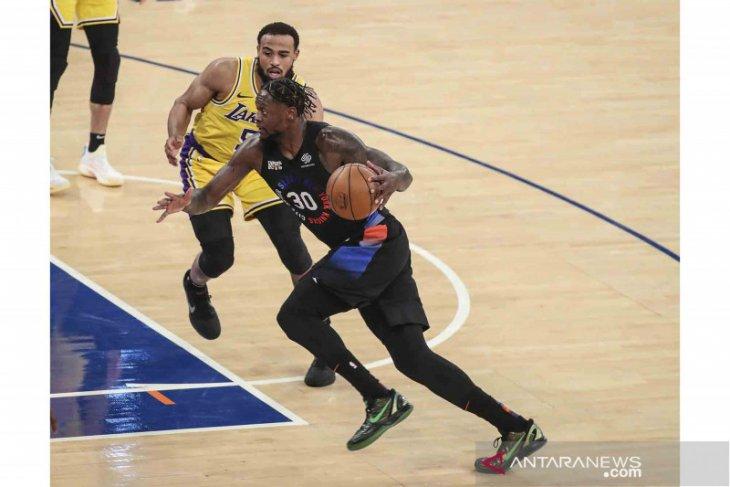 Knicks memanfaatkan kuarter ketiga untuk taklukkan Hornets
