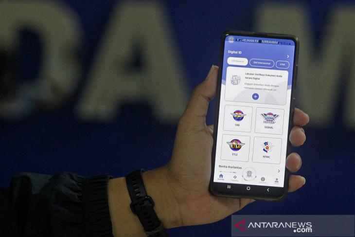 Korlantas: 54 Satpas layani perpanjang SIM secara daring, terbanyak di Jatim