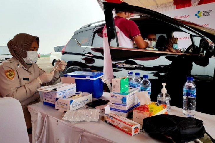 Danone Indonesia bantu pelaksanaan vaksinasi COVID-19 untuk warga Medan