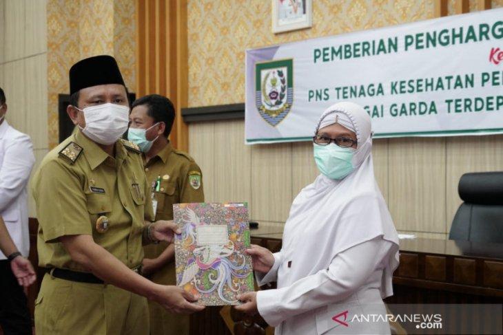 Pemprov Bengkulu beri kenaikan pangkat 56 nakes COVID-19