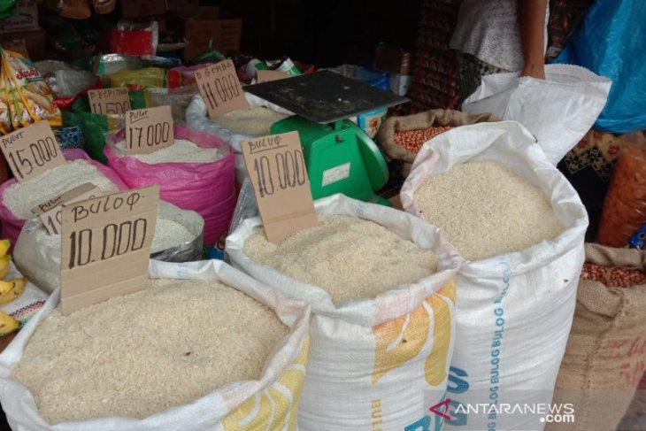 Harga sejumlah kebutuhan pokok masyarakat di Ambon normal