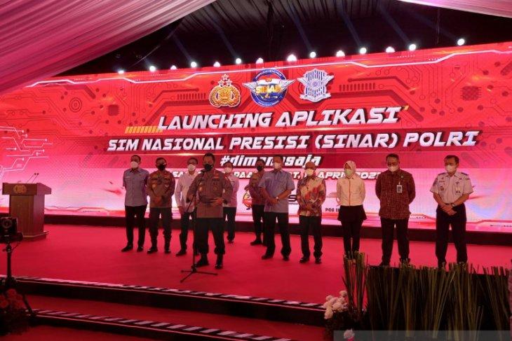 Kapolri pimpin peluncuran aplikasi Sinar untuk perpanjang SIM secara daring