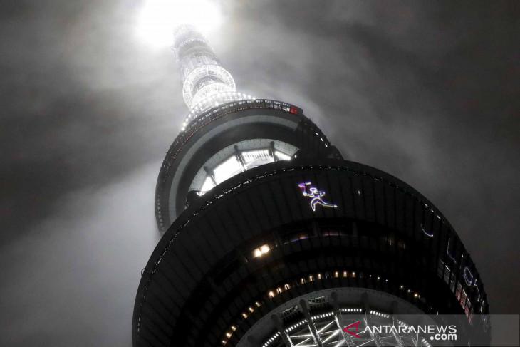 Kirab obor Olimpiade Tokyo dimulai dengan acara berskala kecil