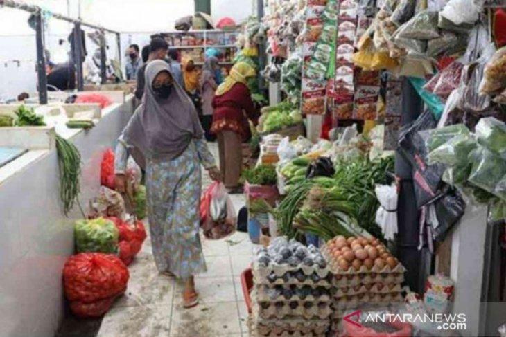 Harga bahan pokok di Kota Bekasi stabil sejak awal Ramadhan