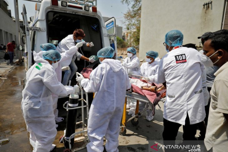 India kembali laporkan rekor lonjakan 217.353 kasus COVID-19