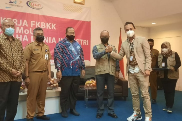 FK-BKK tingkatkan mutu SDM melalui  kerja sama sekolah di Tangerang