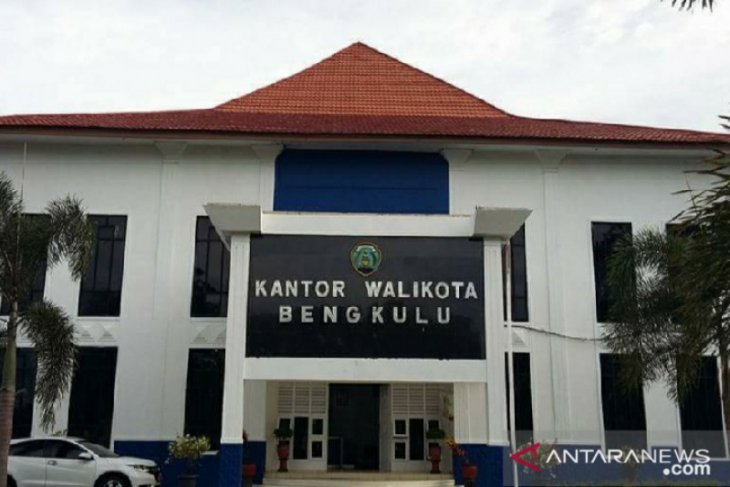 Wali Kota Bengkulu copot Plt Kadis Dukcapil karena ketahuan mabuk