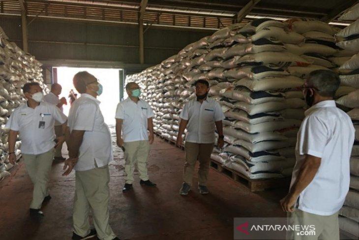 Bulog Kalsel : Keterediaan pangan cukup empat bulan