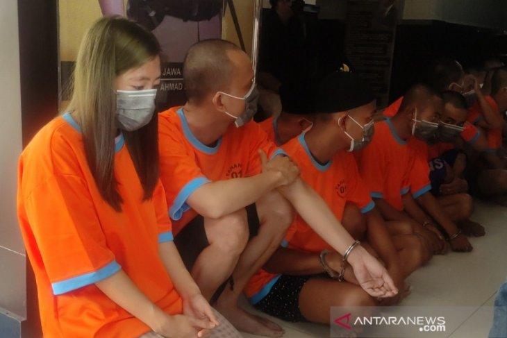 Oknum Kepsek ditangkap saat pesta narkoba