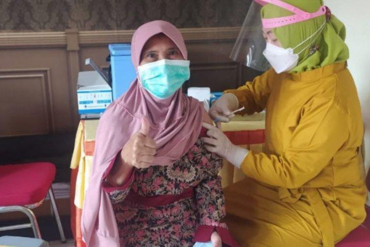 Vaksinasi untuk lansia di Magetan sasar 1.700 orang