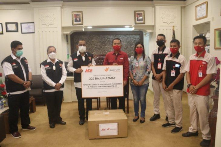 Ace Hardware Ambon donasi ratusan  APD untuk tenaga kesehatan
