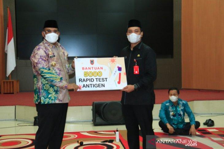 Wali Kota terima 5.000 alat Rapid Test Antigen dari Pj Gubernur Kalsel
