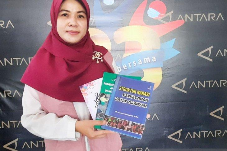 Ahli Bahasa : Kosakata asing jangan mengesampingkan bahasa Indonesia