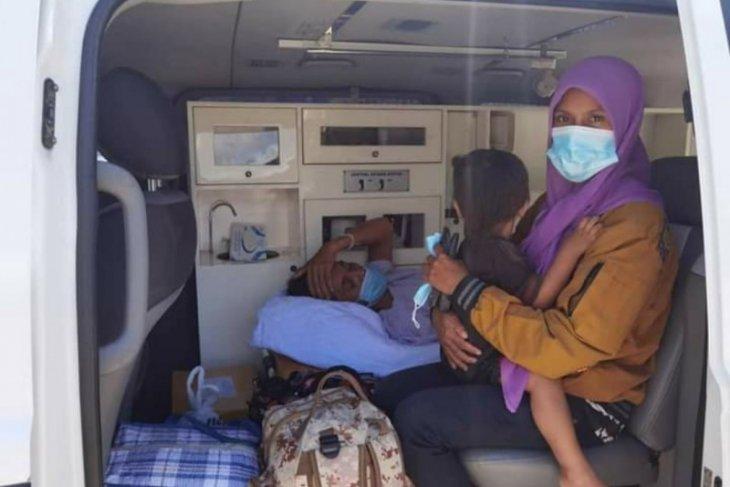 KJRI Kuching bantu pemulangan dua PMI karena sakit melalui Entikong