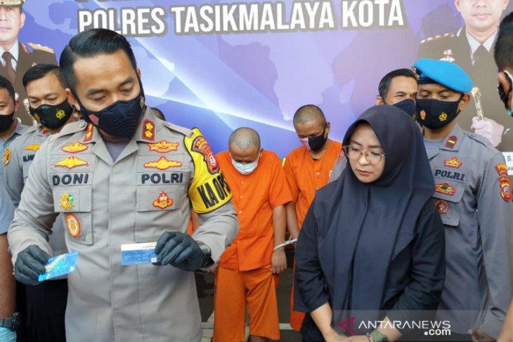 Polisi  tangkap komplotan pembobol ATM lintas provinsi