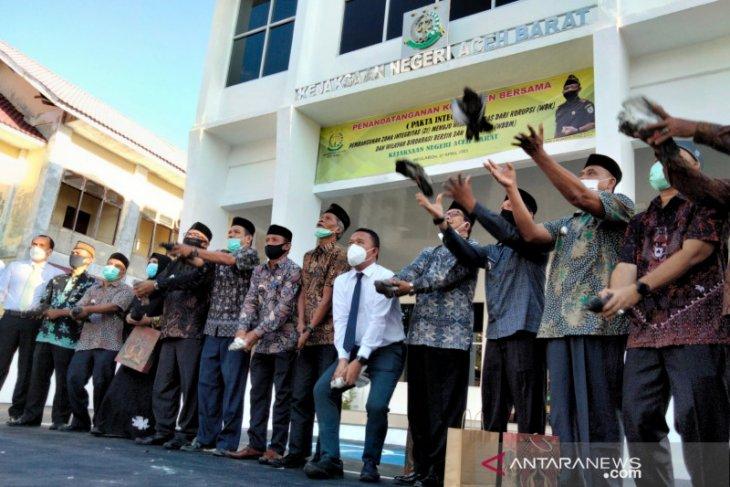 Kejari Aceh Barat beri pendampingan hukum gratis, begini caranya