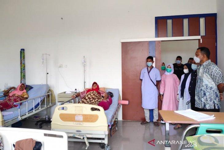 Sembilan korban gas beracun  dirawat di rumah sakit