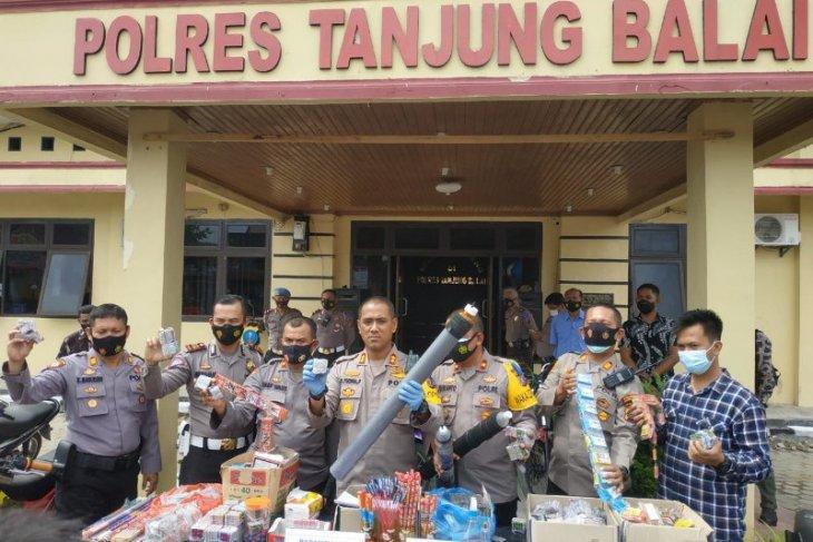 Polisi amankan 73 unit kendaraan saat razia di Tanjung Balai