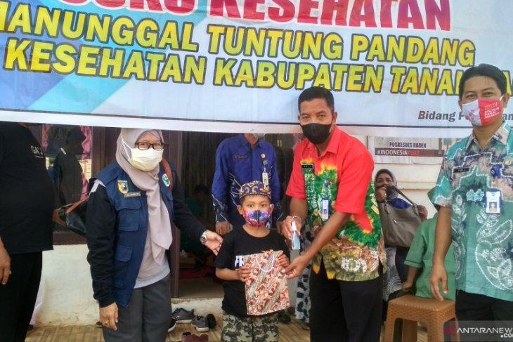 10 anak Desa Raden ikut sunatan massal