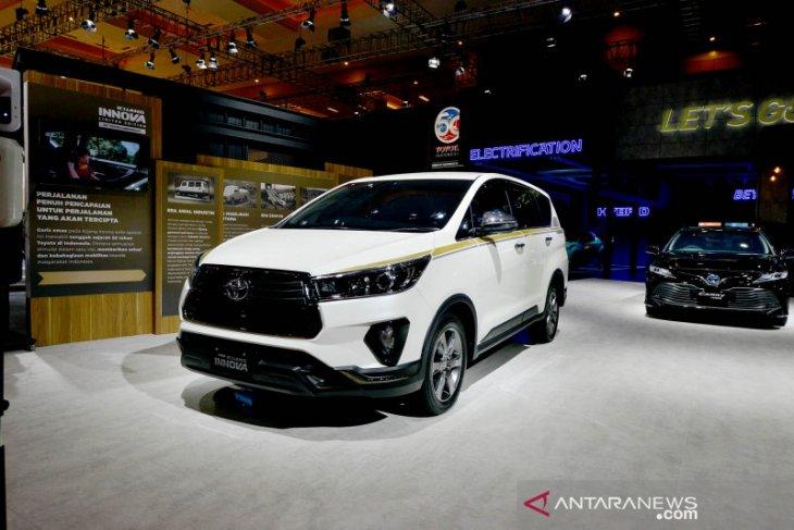 Kijang Innova edisi 50 tahun Toyota ludes dalam 1 jam
