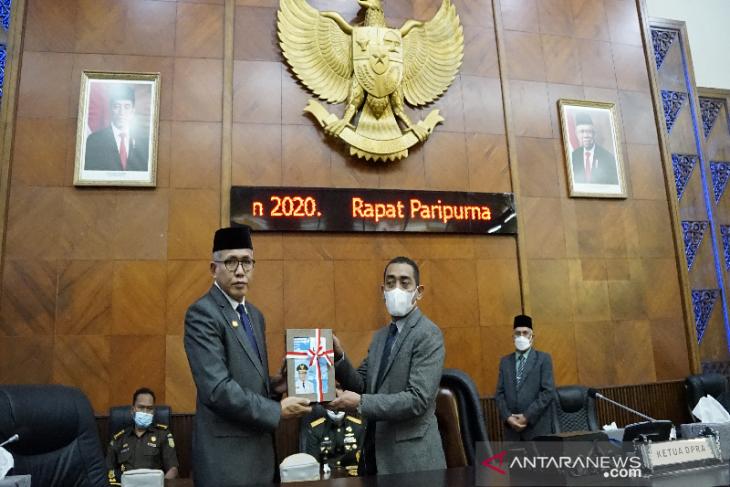 Gubernur Aceh serahkan LKPJ 2020 ke DPRA