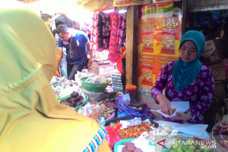 Harga kebutuhan pokok di Bangkalan masih terkendali selama Ramadhan