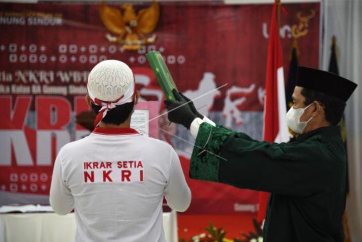 Pengucapan ikrar setia kepada NKRI
