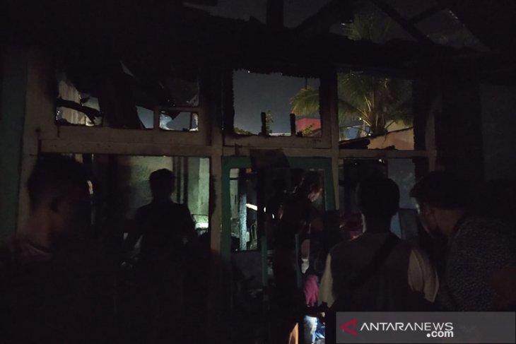 Jelang buka puasa, satu rumah hangus terbakar di Bengkulu