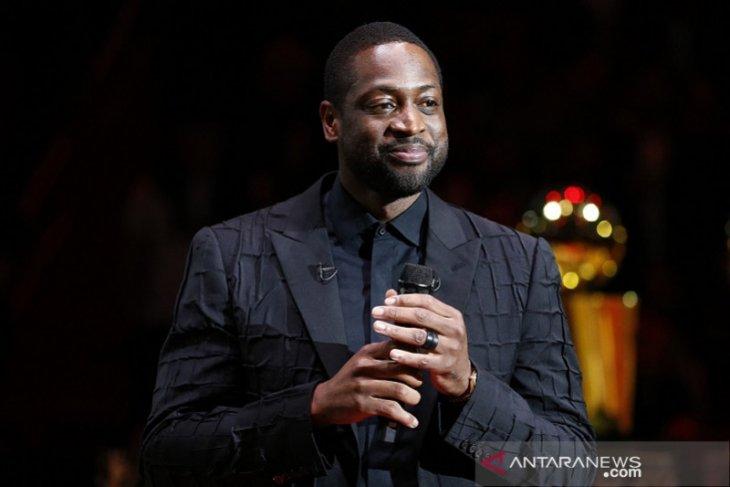 Mantan bintang Miami Heat  Dwyane Wade beli saham Utah Jazz