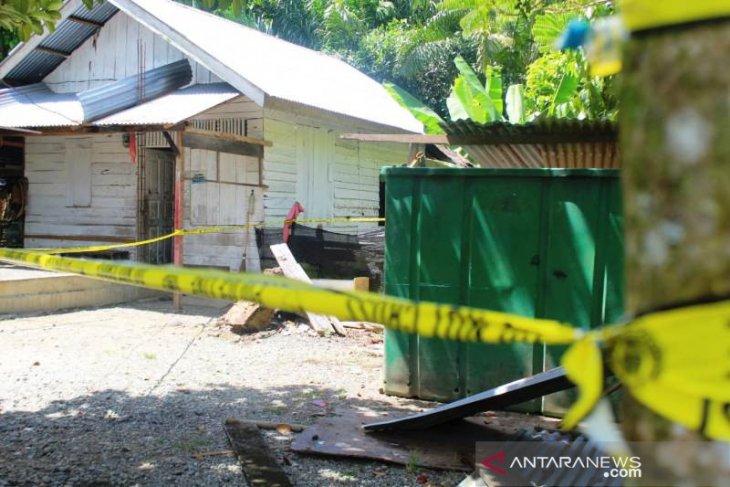 Polisi bersenjata lengkap tangkap seorang nelayan di Aceh Barat