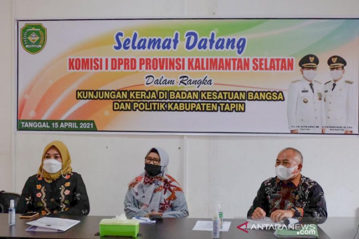 DPRD  Kalsel dorong Kesbangpol tingkatkan peran perempuan dalam politik