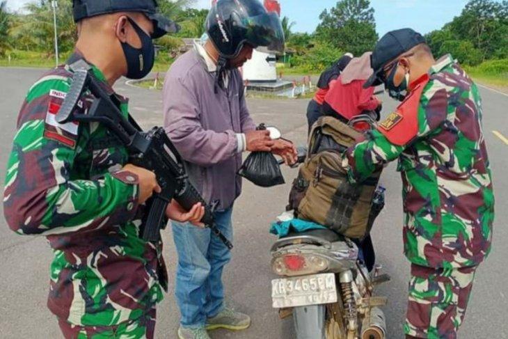 Satgas Pamtas perketat perbatasan RI-Malaysia cegah masuknya barang ilegal