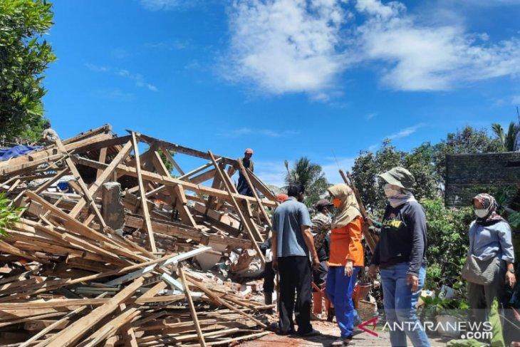 BPBD: 2.511 rumah di Lumajang rusak akibat gempa
