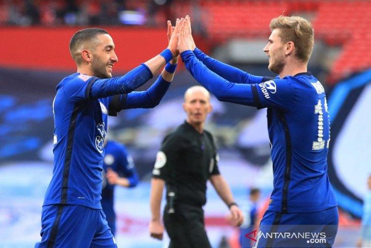 Hakim Ziyech bawa Chelsea lewati City ke final Piala FA
