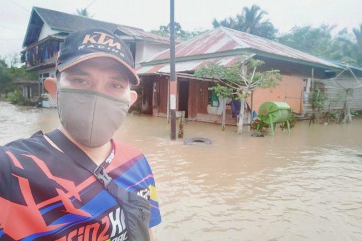 Badau perbatasan Indonesia-Malaysia dilanda banjir