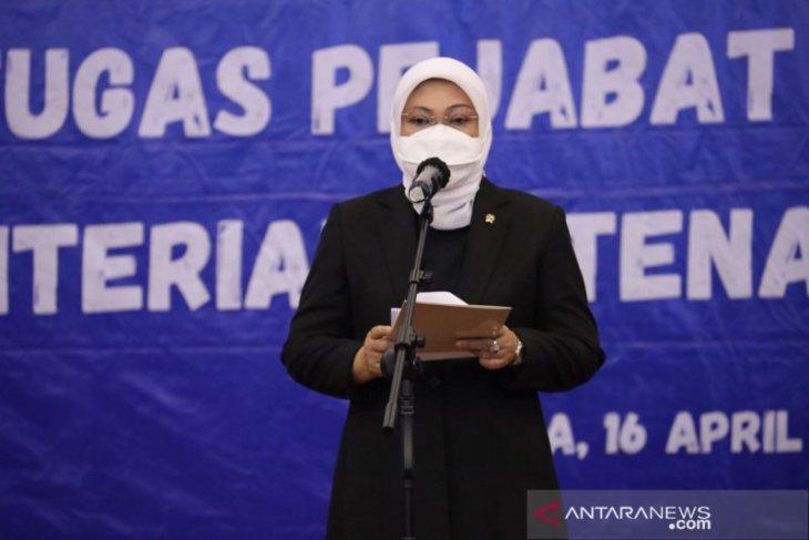 Menaker Ida Fauziyah  keluarkan edaran imbau pekerja swasta tidak mudik Lebaran