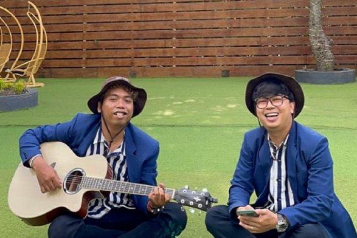 Penyanyi di Kediri luncurkan single
