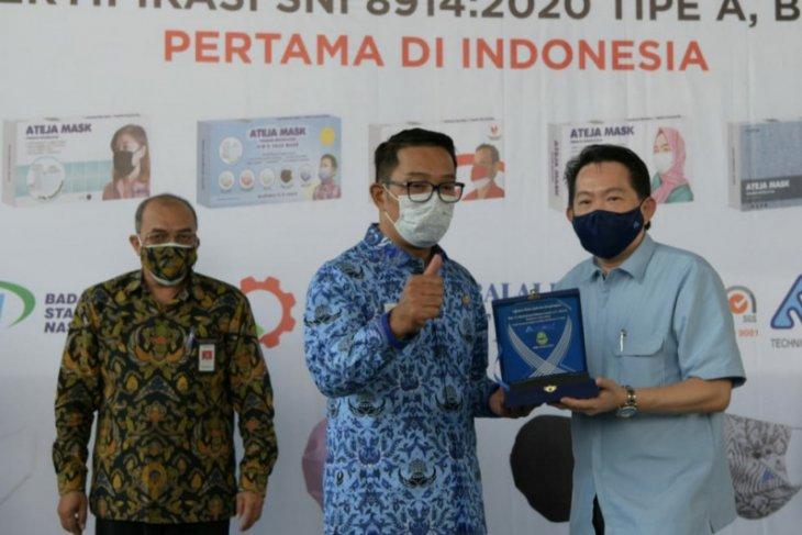 Masker produk Padalarang Bandung diekspor ke delapan negara
